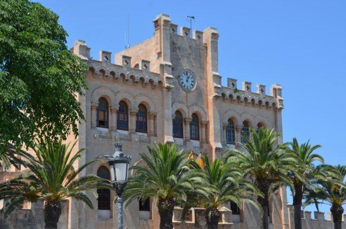 Rathaus von Ciutadella auf Menorca