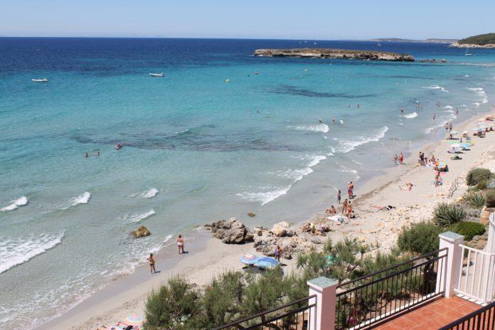 Strand und Meer in SantoTomas, Menorca